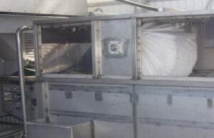 Моечная машина на консервном заводе