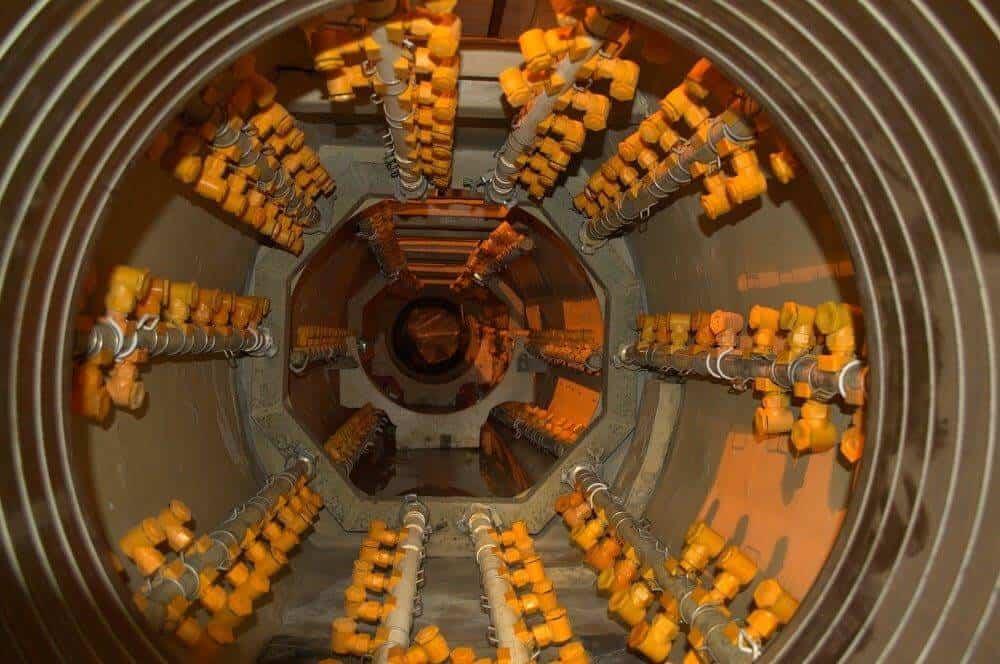 Тоннель охлаждения пластиковых труб с форсунками