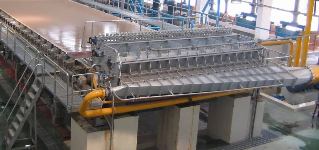 Напорный ящик бумагоделательной машины (БДМ)